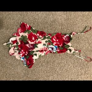 Rose patterned romper